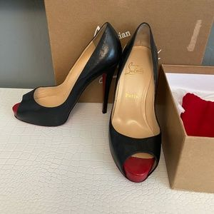 Black and Red Peep toe Christian Louboutin